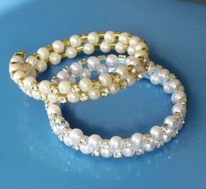 FLAVORFUL FAUX PEARL GOLD-IVORY BRACELET - SOLD OUT OF WHITE-SILVER