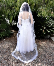 CHANTILLY LACE 90 INCH MANTILLA VEIL
