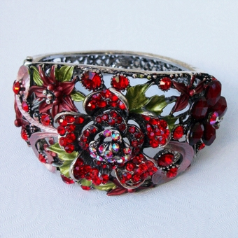 SAMANTHA RED BEADED BRACELET