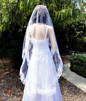 FRENCH KISS MANTILLA 60 IN VEIL