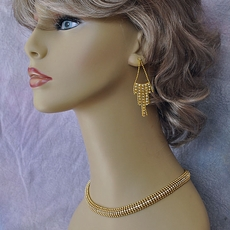 VINTAGE ESTATE GOLDEN STREAMER JEWELRY SET<BR>ONE AVAILABLE