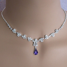 PURPLE DIMPLES RHINESTONEJEWELRY NECKLACE AND EARRINGS SET