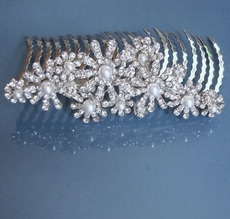 BLAST OF PEARLS WEDDING HAIRCOMB