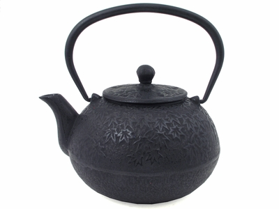 Wide Black Maple Leaves Cast Iron Teapot
