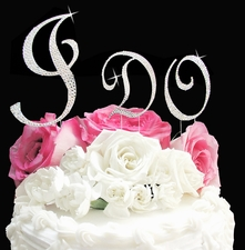 A Monogram Cake Topper Adds the Final Touch