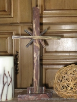 "Standing Marble Cross for Tabletop - Reddish Brown ""Sonburst"" Flares"