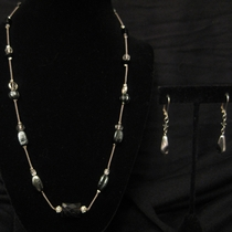 "20"" Floating Glass Beads with Black Onyx Set"