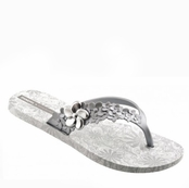 White and Silver Flor Flip Flops by iPANEMA