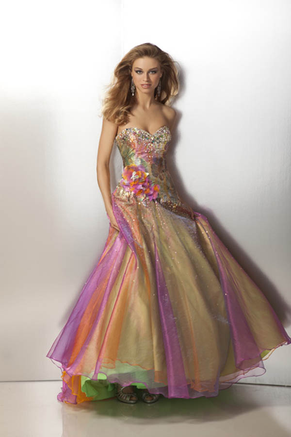 Prom dresses 2012 - Formal gowns 2012  Promgirl.net