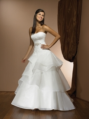 Wedding Bridal Gown Allure Exclusive 2300