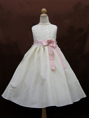 Ribbon accent flower girl Dress