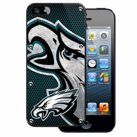 NFL Protector Case for Apple iPhone 5 - Philadelphia Eagles