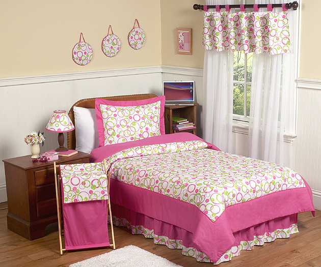 Circles Pink Full/Queen Bedding Collection