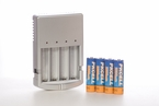 AA Battery Charger with 4 Rechargable AA BATTERIES INCLUDED