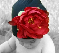 <center>Red Peony/Black Hat</center>