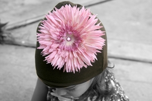 <center>Pink Daisy/Chocolate Hat</center>