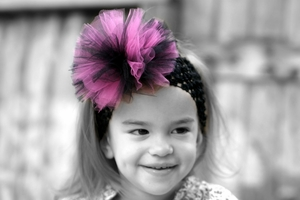 <center>Hot Pink/Black TuTu Headband</center>