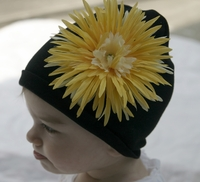 <center>Yellow Daisy/Black Hat</center>