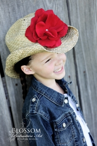 <center>Red Rose Western Hat</center>