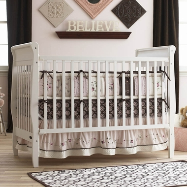 Graco Cribs Sarah 4 in 1 Convertible Crib in White - Click to enlarge