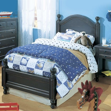 Denim Blue Monterey 3 Piece Bedroom Set - Double Bed with 5 Drawer Chest and Single Drawer Nightstand    by Alligator