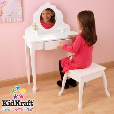 Medium Diva Table and Stool by KidKraft