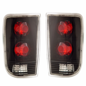 Chevy Blazer 95-00 Tail Light Black - Click to enlarge