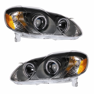 Toyota Corolla 03-05 Projector Head Light Halo Black Clear with LED Amber - Click to enlarge