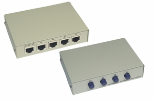 4 Ports RJ45 Manual Switch - Click to enlarge