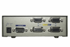 1 PC to 4 VGA Monitor 250 MHz Video Splitters - Click to enlarge