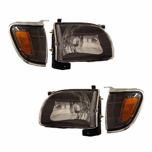 Toyata Tacoma 01-04 Head Light Black With C.L Amber - Click to enlarge