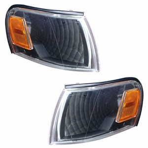 Toyota Corolla 93-97 Corner Light Euro Black(Amber) - Click to enlarge