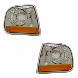 Ford Expedition / F150 97-03 Corner Light Euro Amber (Harley-Dividson) - Click to enlarge