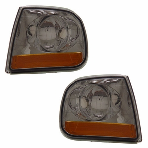 Ford Expedition / F150 97-03 Corner Light Smoke Amber (Harley-Dividson) - Click to enlarge