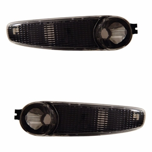 GMC Denali / Yukon 00-06 Bumper Light Black - Click to enlarge