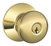 Schlage / Plymouth Knob / <U>Keyed Entry</U> / Lifetime Bright Brass / F54PLY 505