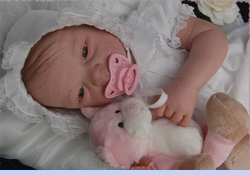 NEW Willbeth Vintage Style White Baby Dress and Bonnet with Pink and White Embroidery (CC0819)