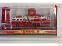 Code 3 FDNY Aerialscope Tower Ladder - 17 (12735-0017)