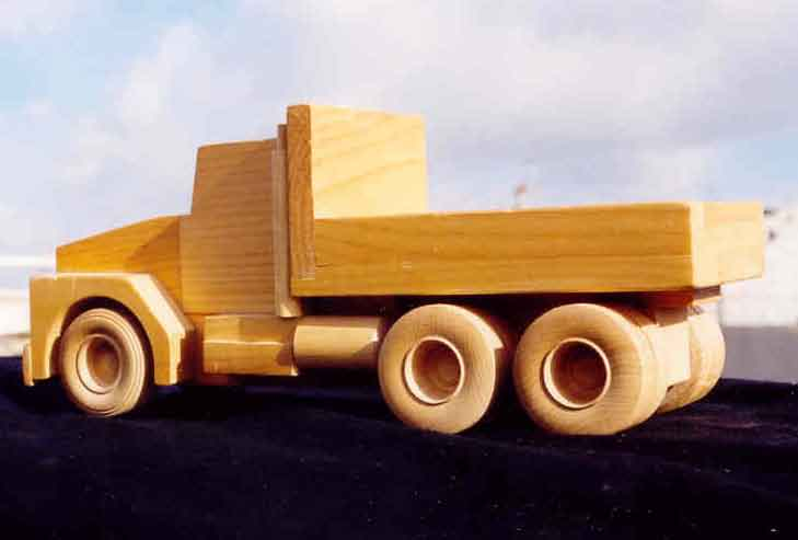 Woodworking wooden trucks PDF Free Download