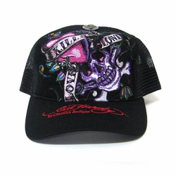 Ed Hardy LOVE KILLS SLOWLY Trucker Hat in Black