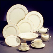 Ivory with Gold Rim Plate Set