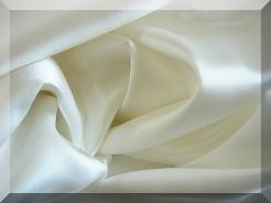 Individual fitted or flat silk sheet