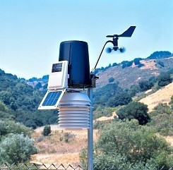 Davis Instruments 6153 Wireless Vantage Pro2 Weather Station with Fan-Aspirated Radiation Shield