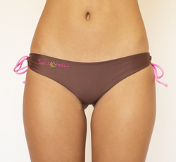 Brown & Baby Pink Reversible Thong islands