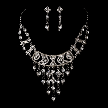 * Silver Clear Necklace Earring Set 8448