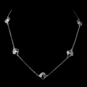 Stunning Silver Clear Faceted Clover Crystal Necklace 8624