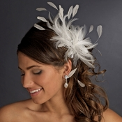 * Extravagant Ivory Feather Fascinator Bridal Comb 8986