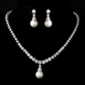 Silver White Pearl Necklace and Earring Set 3068