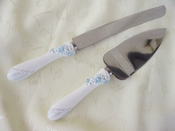Delightful Blue Daisy Cake Server Set