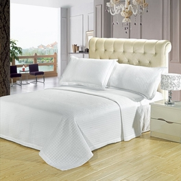 Full/Queen Luxury White Checkered Quilted Wrinkle Free Microfiber 3 Piece Coverlets Set